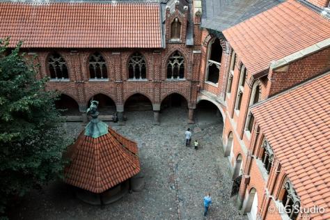 Malbork, cortile del Castello Alto.