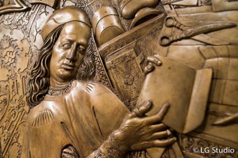 Bassorilievo all'interno della Casa Museo di Copernico.