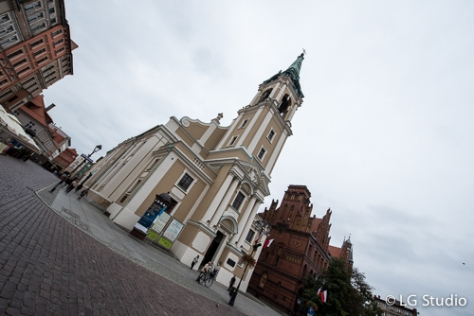 Chiesa del Santo Spirito, accanto all'edificio del vecchio mercato nel centro della città vecchia di Torun.