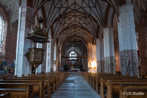 Interni della Chiesa di Santa Caterina.